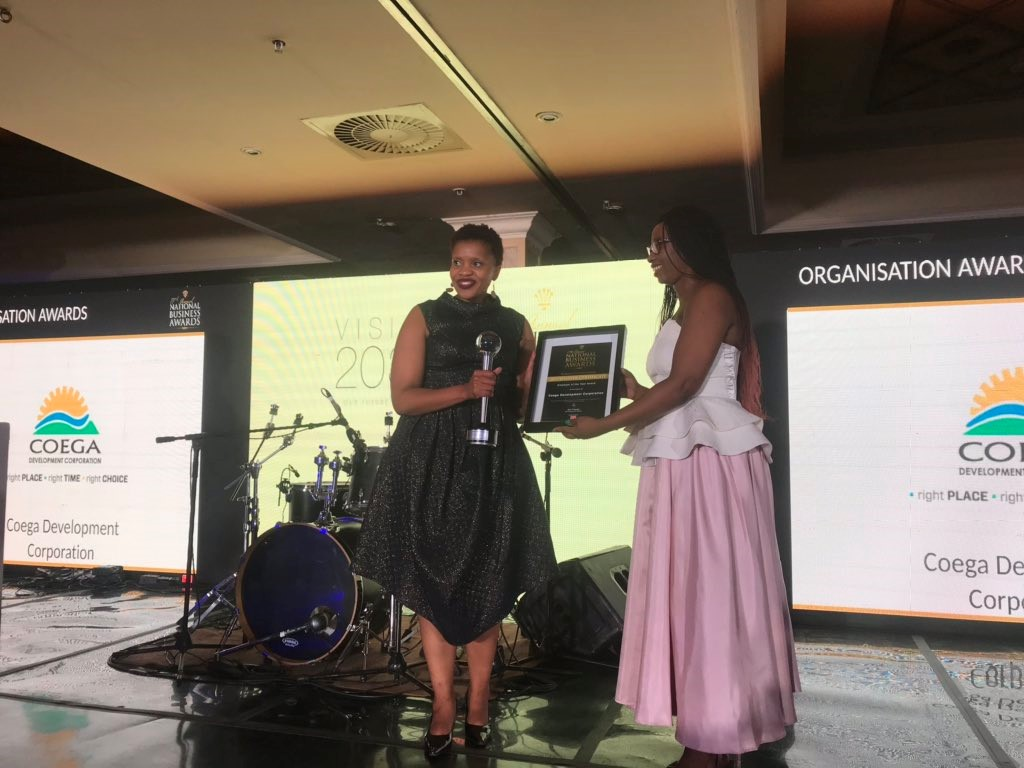 Coega closes the year on a high by winning the 2019 Employer of the Year Award at the Oscars of South African Business in Gauteng